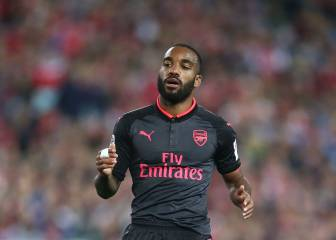 Lacazette scores on Arsenal debut