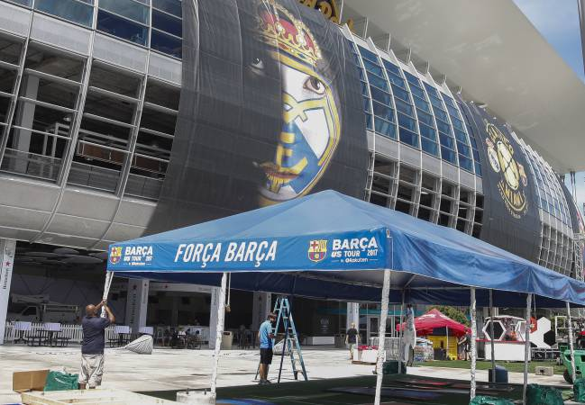 All set | Real Madrid vs Barcelona at the Hard Rock Stadium in Miami