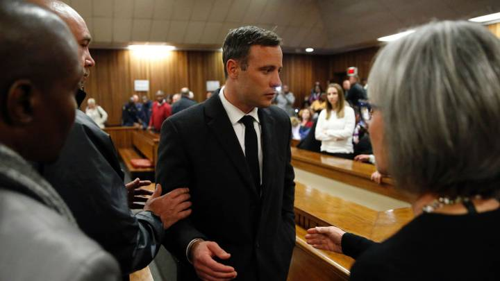 Oscar Pistorius taken to hospital after suffering chest pains