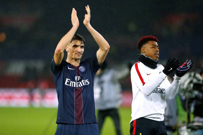 PSG right back Thomas Meunier does not want to be cover for Dani Alves, according to OKDiario, and would be available to Zinedine Zidane for €15-20m.