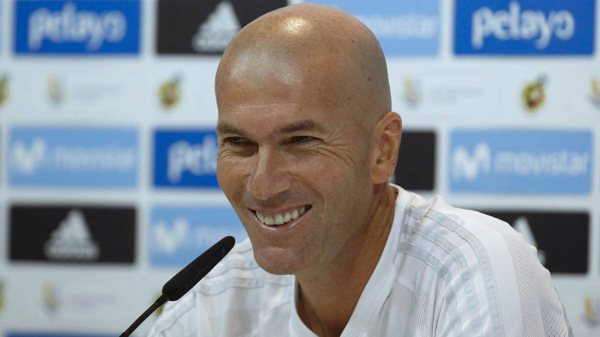 "Zidane confirms new contract extension: ""I'm very happy here"""