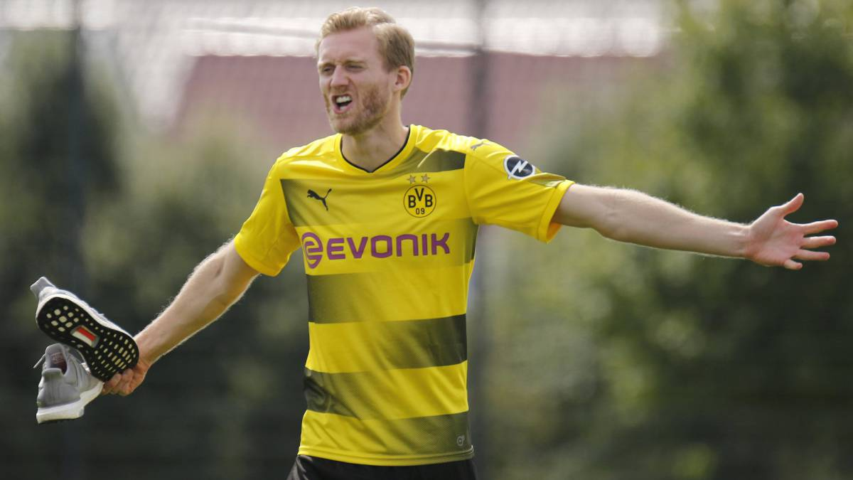 Dortmund set to be without Schürrle for the next month
