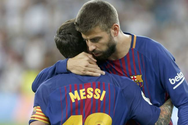 Piqué and Messi: two senior players who seem to be leading a mutiny.