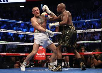 Mayweather stops McGregor in the 10th of
