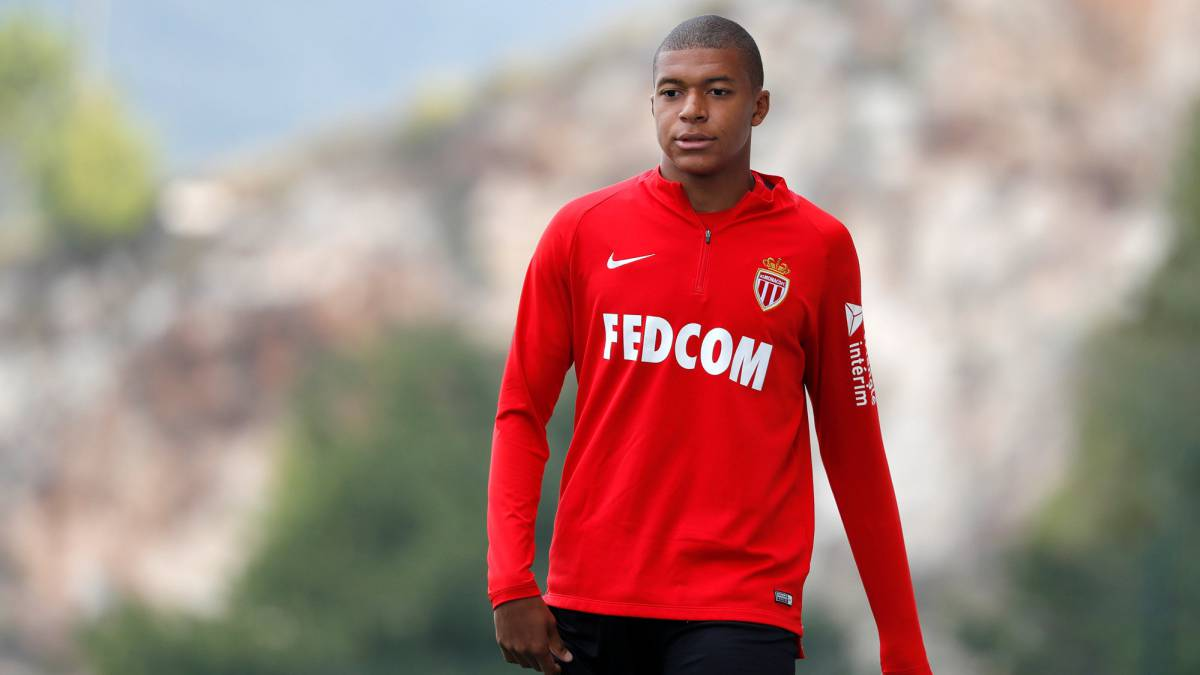 Mbappé move to PSG scuppered by FFP after Neymar splash