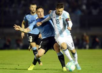 Uruguay and Argentina serve up sombre draw