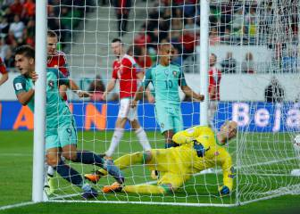 Silva the difference as Portugal defeat 10-man Hungary