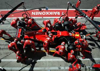 Motor racing-Ferrari continue with tobacco sponsor