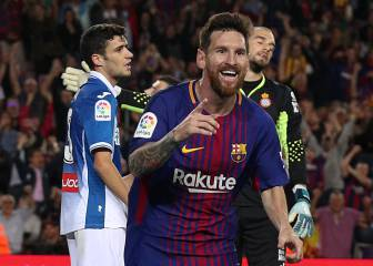 Barca continue perfect start with demolition of Espanyol