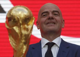 Infantino accused of interference by ousted expert