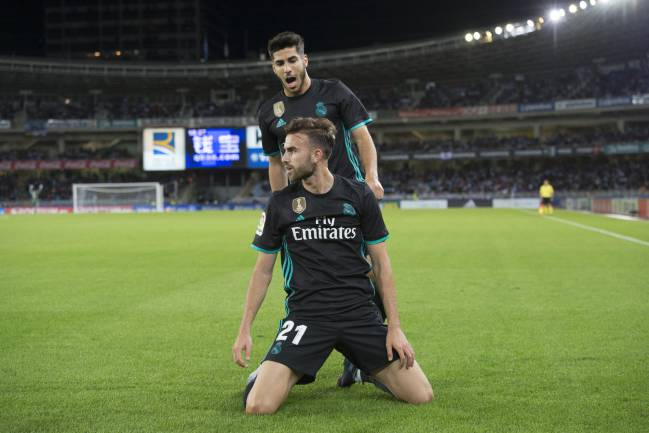 Borja Mayoral celebrates the first Real Madrid goal in Anoeta, keeping the streak going.