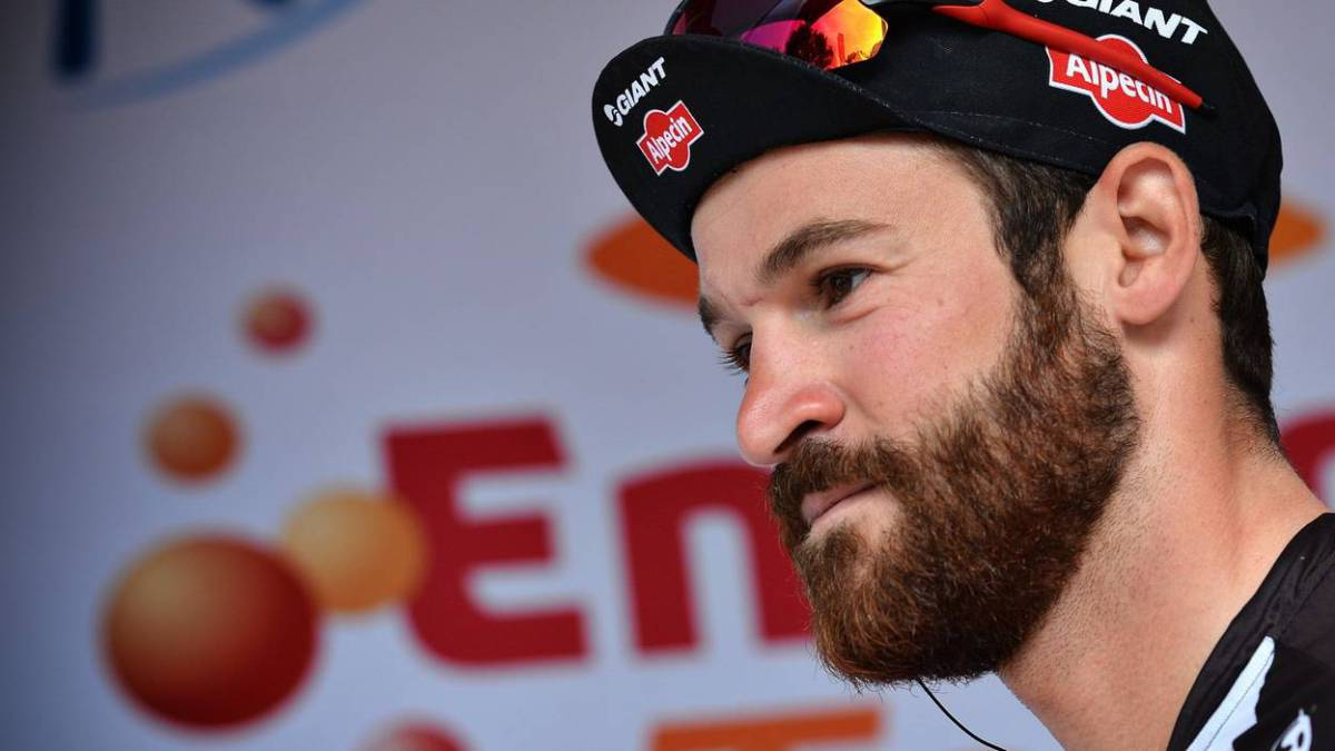"Belgian cycling team bans beards ""for aesthetic reasons"""
