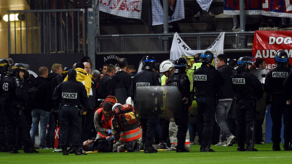 Amiens vs Lille called off after barrier collapses as fans celebrate goal