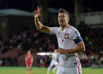 Robert Lewandowski becomes Poland's record scorer