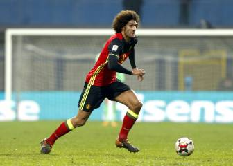 Man Utd's Fellaini suffers knee injury ahead of Liverpool clash
