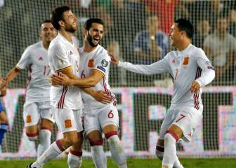 Illarra maiden goal sends Spain to Russia with another win
