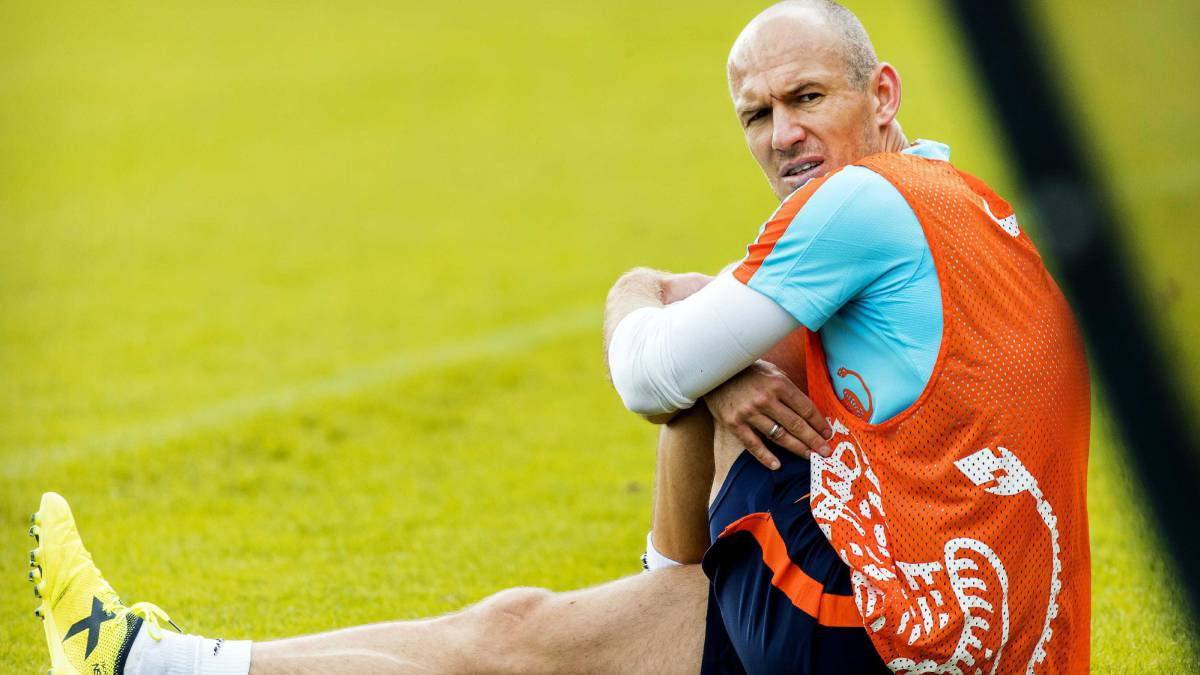 "Netherlands ""need a miracle"" against Sweden - Robben"