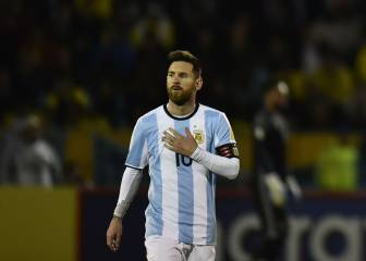 Messi throws Argentina on his back, drags them to World Cup