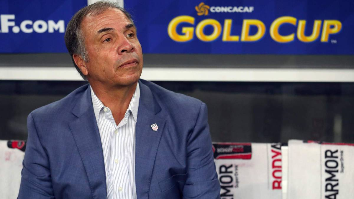 Bruce Arena resigns from USA coaching position