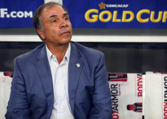 End of the road for Bruce Arena: USA coach resigns