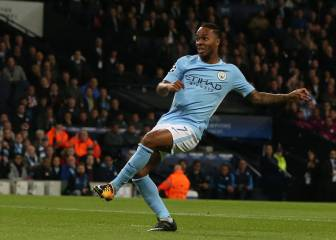 City blow Napoli away with scintillating first half performance
