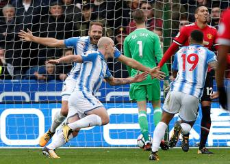 Terriers take bite out of Mourinho's title ambitions