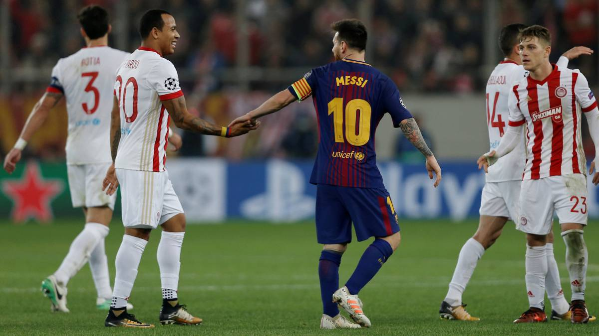 Olympiacos hold Barcelona as Messi, Suárez and co fire blanks