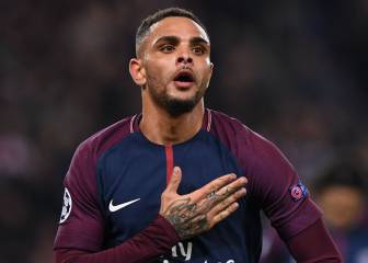 Kurzawa the unlikely hero as PSG cruise in to the last 16