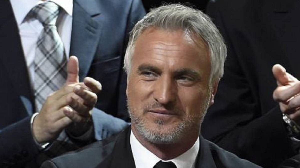 Ginola wants to save lives after suffering heart attack