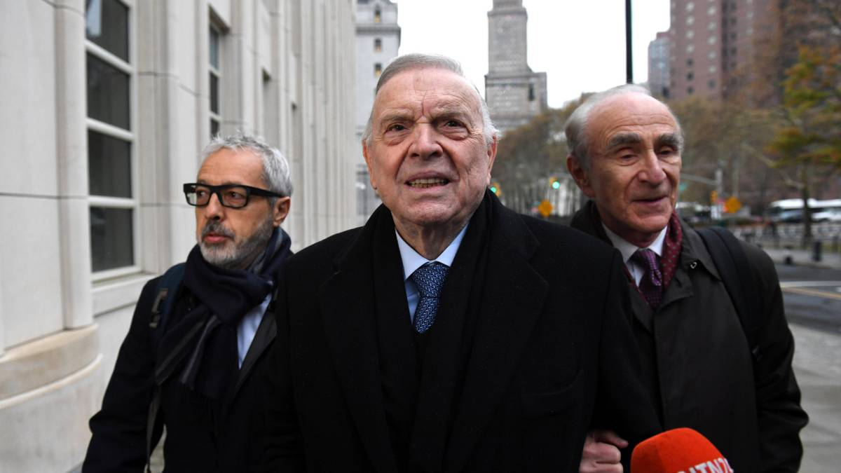 FIFA bribery trial kicks off in New York