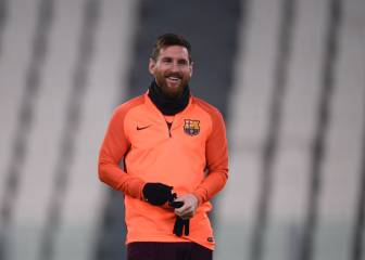 Messi on the bench against Juve