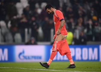 Buffon drops his shorts for Juventus fan after Barça draw
