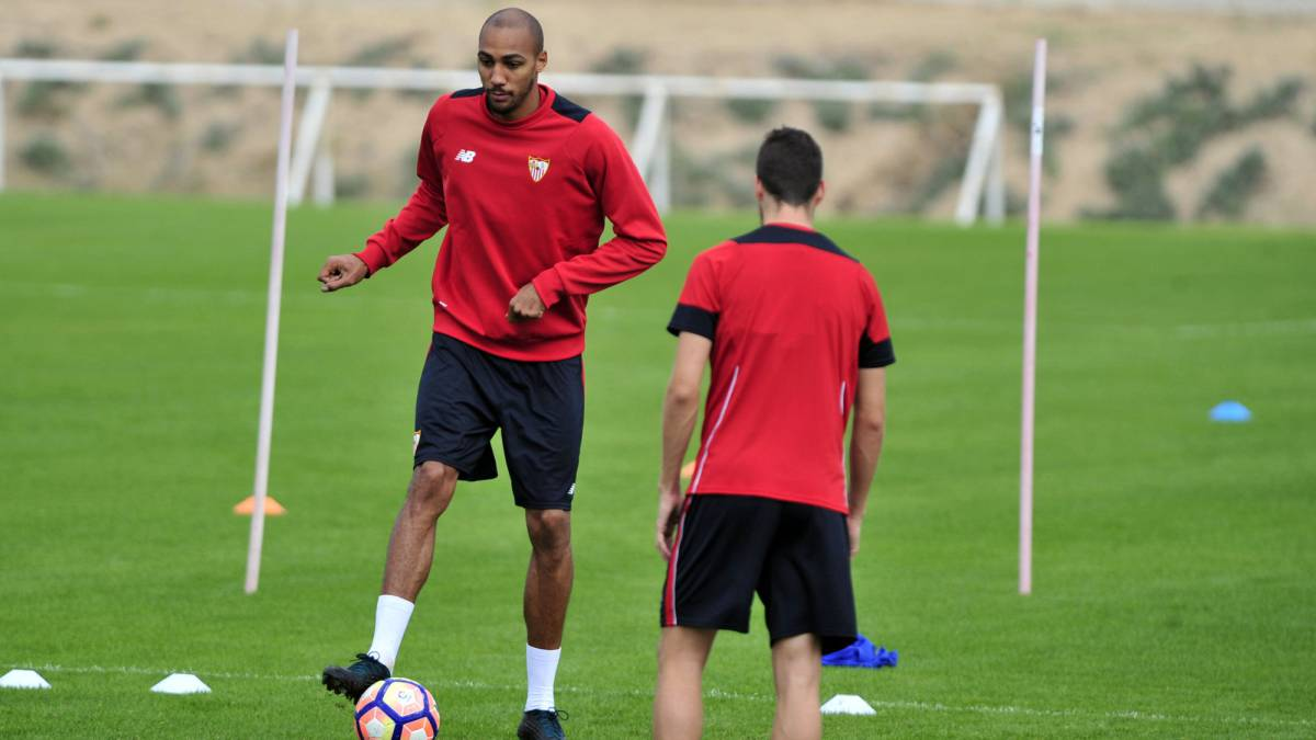 "Óscar Arias: ""We're all surprised by what N'Zonzi has said"""