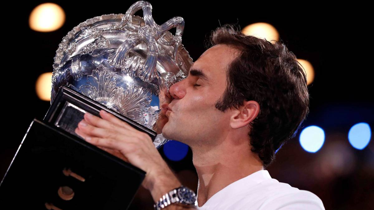 Tennis legend Rod Laver doffs cap to ever-dependable Federer