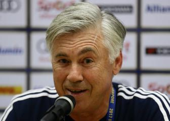 Ancelotti eyeing club job over Italy role