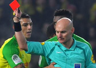 Referee who kicked Nantes' Carlos banned for six months