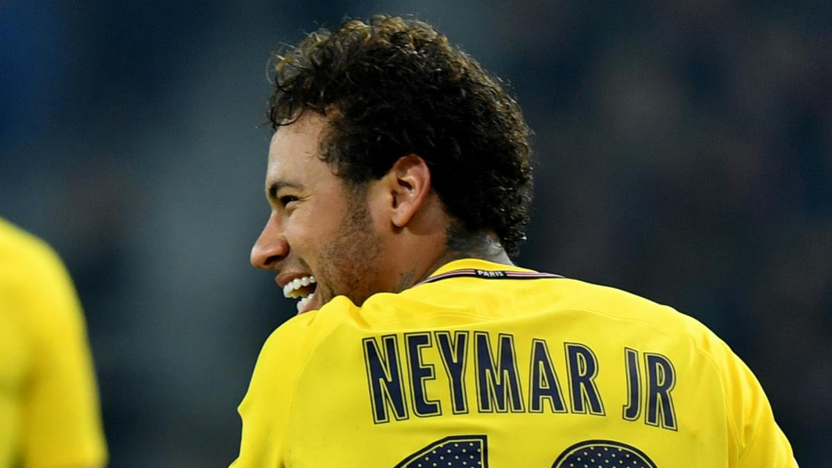 "Neymar ""played cat and mouse"" with Barcelona - Mestre"