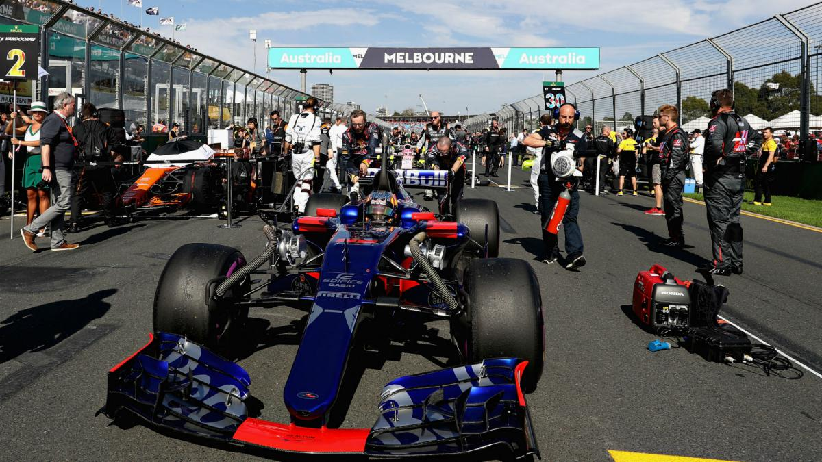 Formula 1 to replace grid girls with grid kids