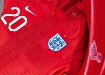 England opt for classic look as World Cup kit is unveiled