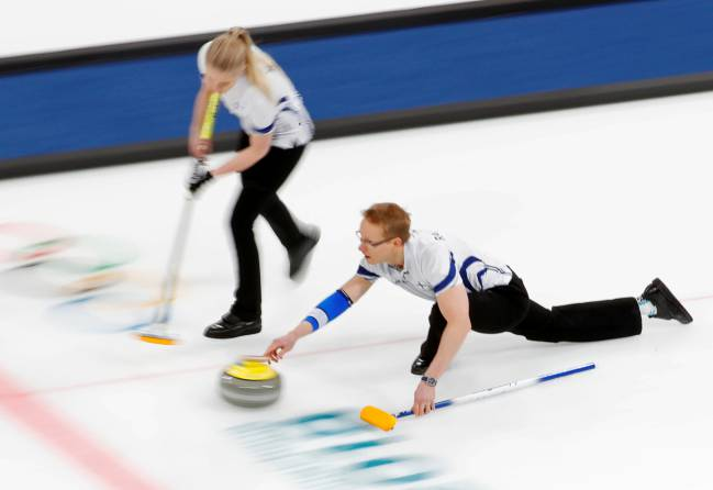 Curlers complain about reputation