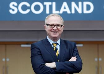 Scotland turn back to McLeish