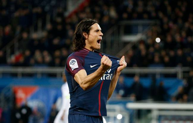 Paris Saint-Germain's Uruguayan forward Edinson Cavani celebrates.