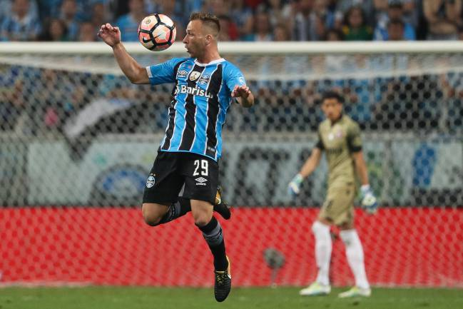Arthur of Gremio in the first leg match between Gremio and Lanus as part of Copa Bridgestone Libertadores 2017 Final.