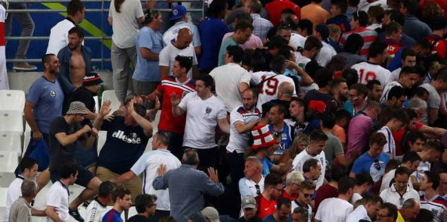 Supporters clash at Stade Vélodrome, Euro 2016