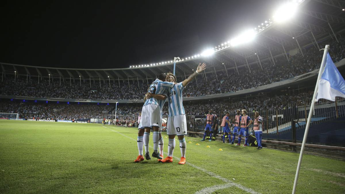 Copa Libertadores highlights | Racing Club and Atlético Nacional claimed wins as the Copa Libertadores group stage got underway. Lautaro Martínez dazzled.