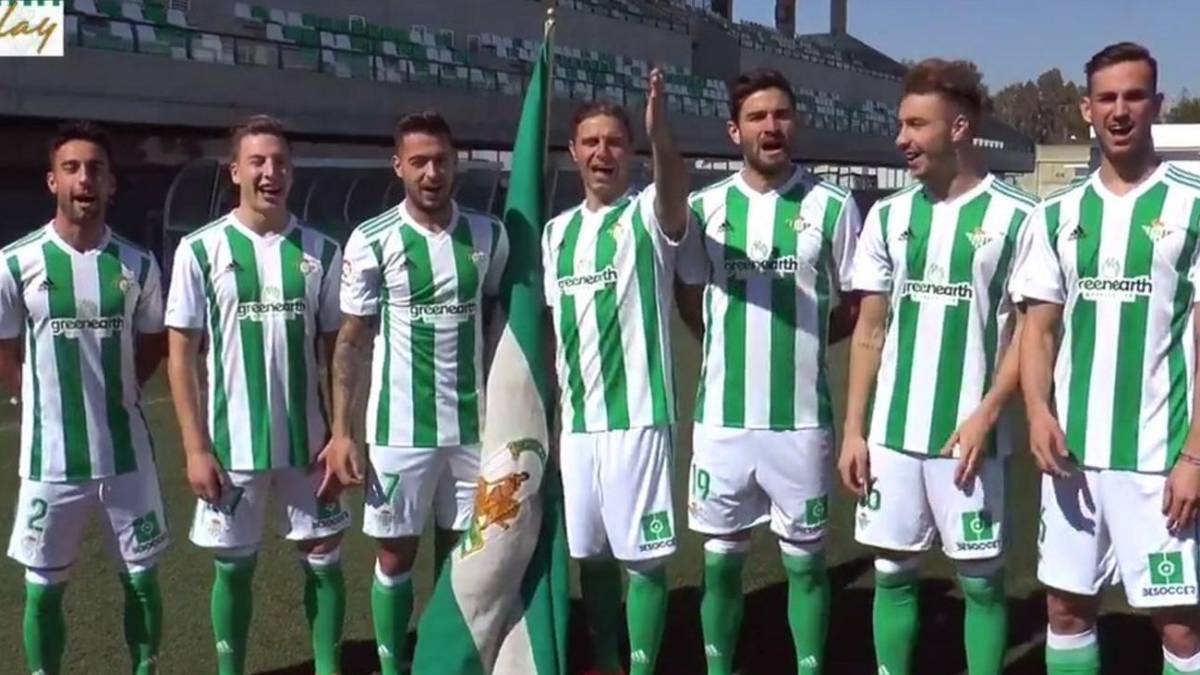Betis sing the Andalusia anthem