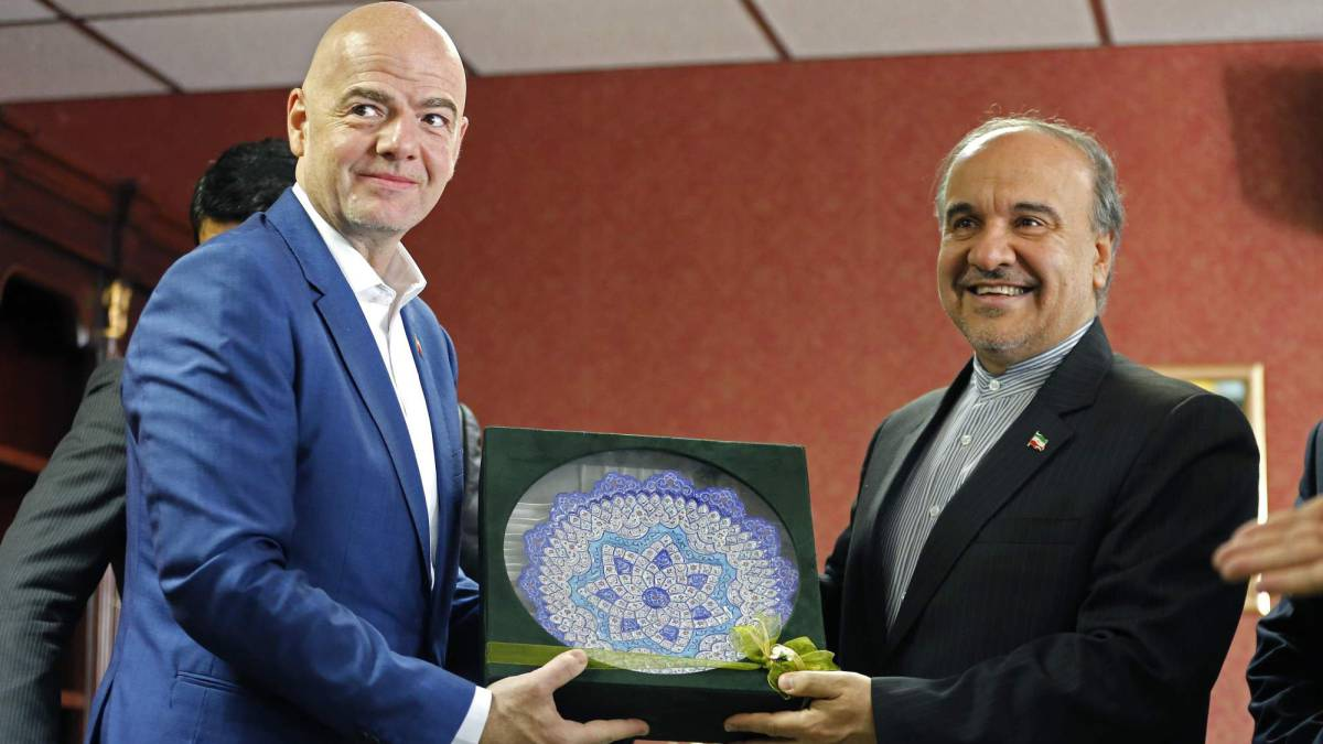 "Saudi-Iran spat ""should stay out of football"", says Fifa chief Infantino"