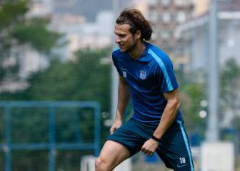 From Man Utd to Hong Kong, Diego Forlan's still going strong