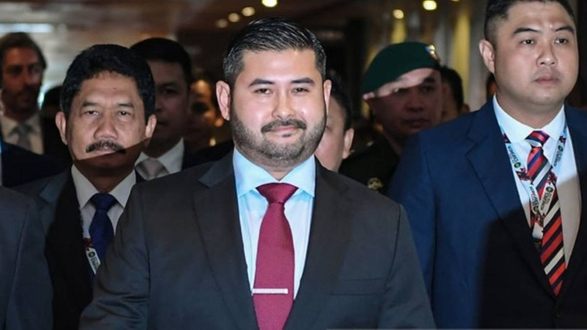 Malaysian prince Tunku Ismail quits as FA president