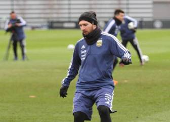 Messi joins Argentina training ahead of Italy clash